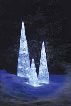 Hellum 568448 LED Deko-Pyramide 15x15x45 für Innen- Aussendekoration